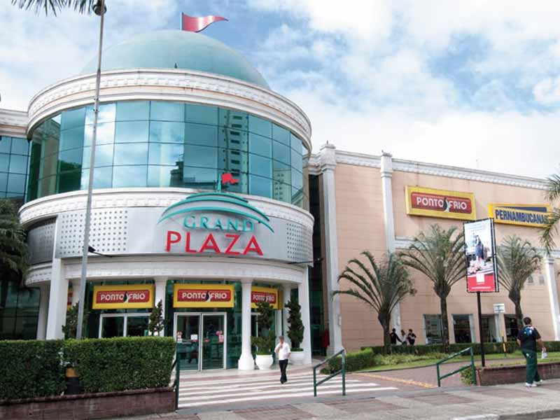 grand-plaza-shopping-1